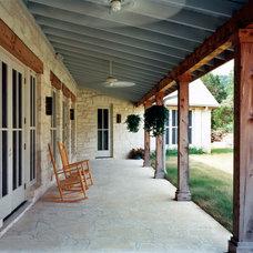 Contemporary Porch by Steinbomer, Bramwell & Vrazel Architects