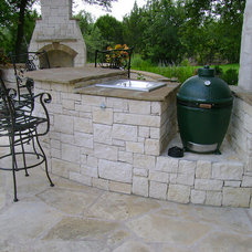 Traditional Patio by DH Landscape Design