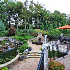 Traditional Patio by SURROUNDS Landscape Architecture + Construction