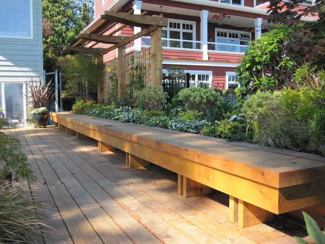 Traditional Patio by Bearmark Design & Landscape