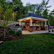contemporary landscape by Holloway Company Inc.