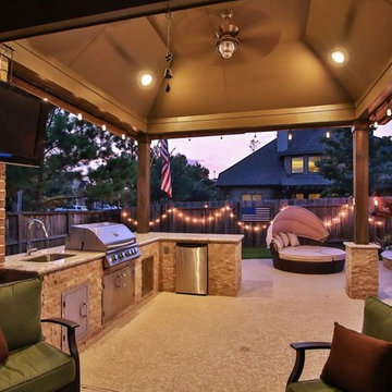 Wiley- Pool & Covered Patio