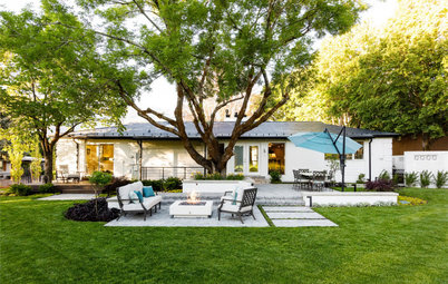 Yard of the Week: Outdoor Rooms With a Golf Course View