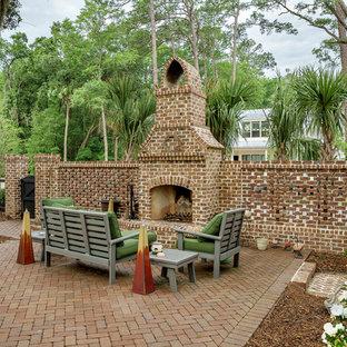 Foto di un patio o portico country di medie dimensioni