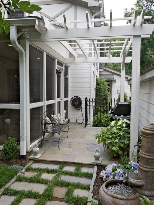 Screened breezeway houzz for Breezeway screen room