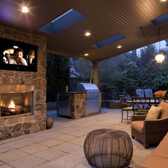 traditional patio by Lakeville Homes