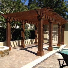 Traditional Patio by BASSO HOMES Inc