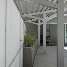 Contemporary Patio by M+A Architecture Studio