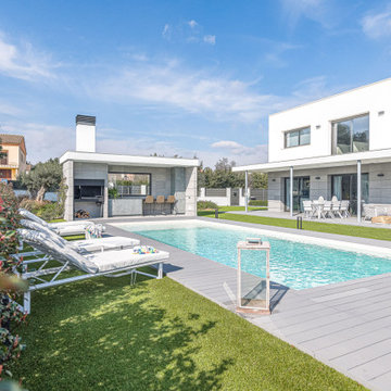 Duplex de lujo con jardín y piscina
