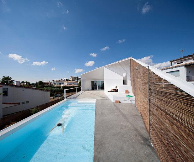 Industrial Piscina by re-activa arquitectura