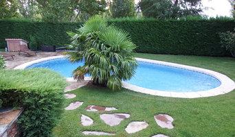 Servicios de mantenimiento de jardin y piscina.