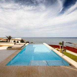 Modelo de piscina infinita, mediterránea, rectangular