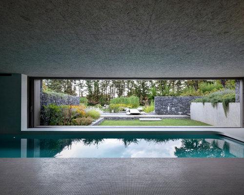 piscine int rieure moderne avec du carrelage photos et id es d co de piscines int rieures. Black Bedroom Furniture Sets. Home Design Ideas