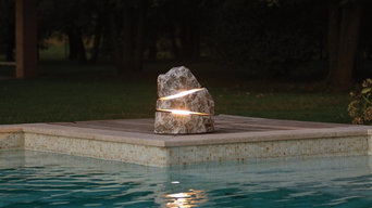 CROSS - Menhir di Luce