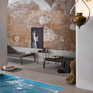 ヴェネツィアのアジアンスタイルのおしゃれなプールの写真