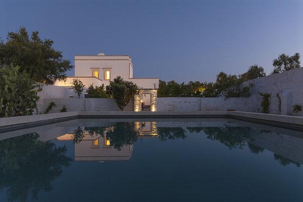 Mediterranean Pool by Studio Talent