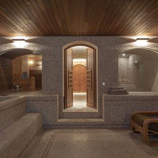На фото: прямоугольный бассейн в доме в стиле фьюжн