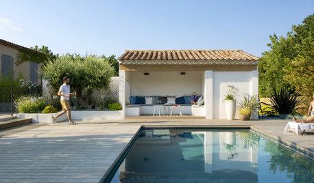 18 solutions pour ombrager les bords de piscine