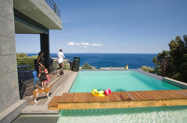 13 piscines surprenantes pour profiter pleinement de l 39 t. Black Bedroom Furniture Sets. Home Design Ideas
