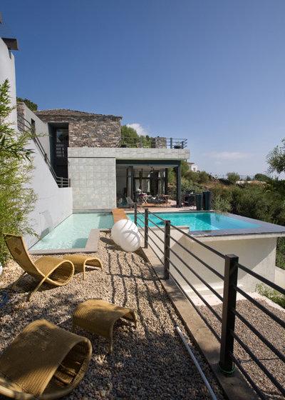 Comment am nager une terrasse sur un terrain en pente - Amenager terrain en pente ...