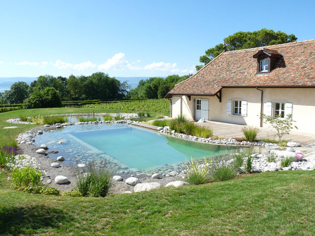 Campagne Piscine by Chatel Paysages