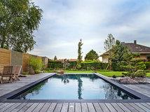 petit espace et budget limit optez pour une petite piscine. Black Bedroom Furniture Sets. Home Design Ideas