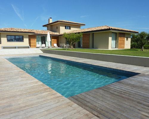 piscine de taille moyenne photos et id es d co de piscines. Black Bedroom Furniture Sets. Home Design Ideas