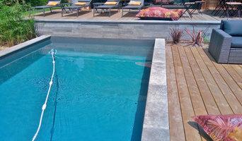Dallage de piscine contemporaine