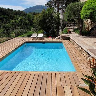 Inspiration pour une piscine méditerranéenne rectangle et de taille moyenne.