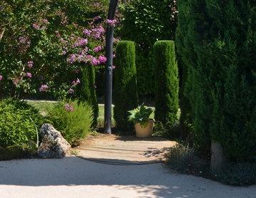 Petit jardin contemporain de 500m²
