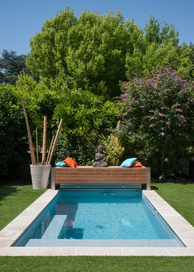 Contemporary Pool by ADH Paysages
