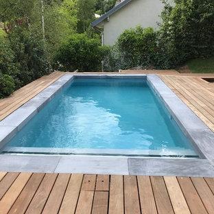Kleiner Moderner Pool in rechteckiger Form mit Dielen in Paris