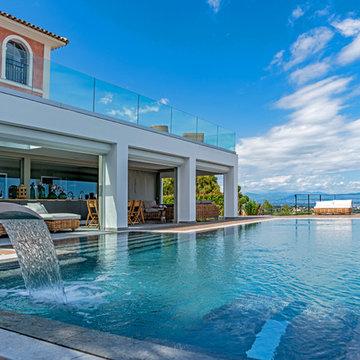 Réalisation d'une piscine géométrique dans les Alpes-Maritimes