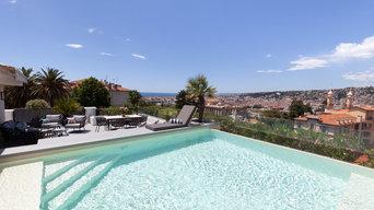 Reconstruction de la piscine vue sur la ville et la mer