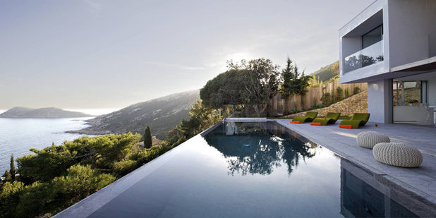 Modern Pools by VINCENT COSTE