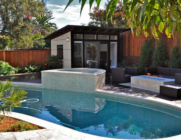 10x12 Poolside Retreat & Living Space