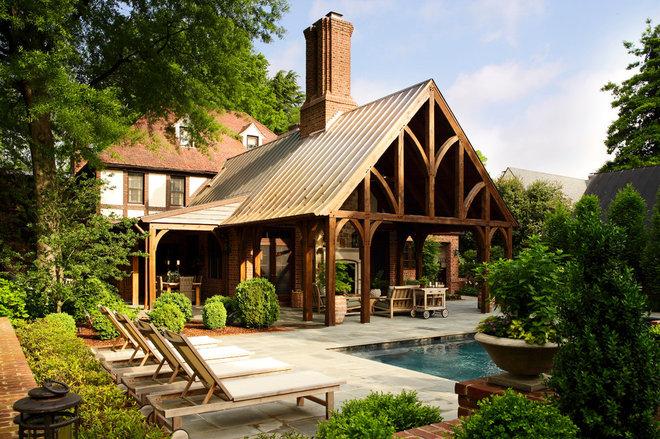 Traditional Porch by Tuckahoe Creek Construction, Inc.