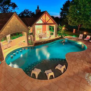 Aménagement d'une piscine.