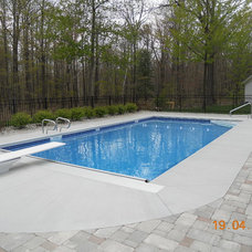 Traditional Pool by Spartan Pools Inc