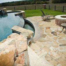 Contemporary Pool by Lindee Knowles - Flying L Creative