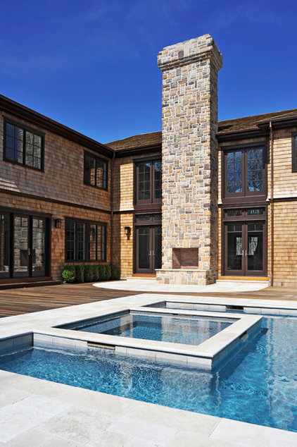 Traditional Pool by Perello Building Corporation