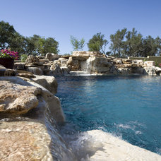 Eclectic Pool by Kyle Lindsey Custom Homes