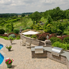 Traditional Pool by Pennsylvania Landscape & Nursery Association