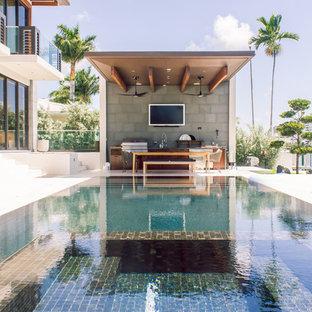 Contemporary rectangular swimming pool in Miami.