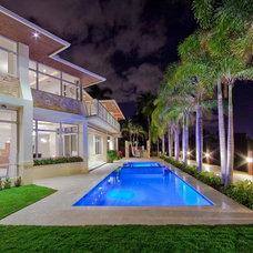 Modern Pool by kevin akey - azd architects - michigan
