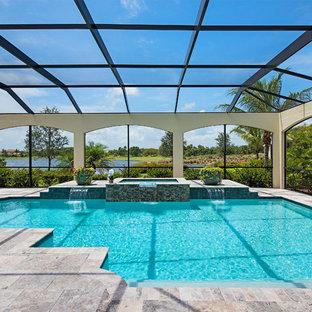 Foto de piscinas y jacuzzis mediterráneos interiores y a medida