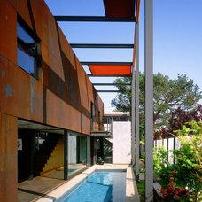 Modern Pool by Ehrlich Architects