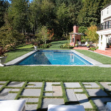 Traditional Pool by Stangeland and Associates