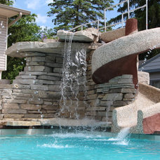 Eclectic Pool by Quantus Pools