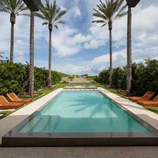Tropical Pool by orlando comas, landscape architect.